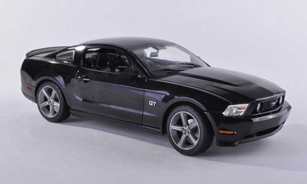 Ford Mustang 2010 1/18 Greenlight 2010 GT noire miniature