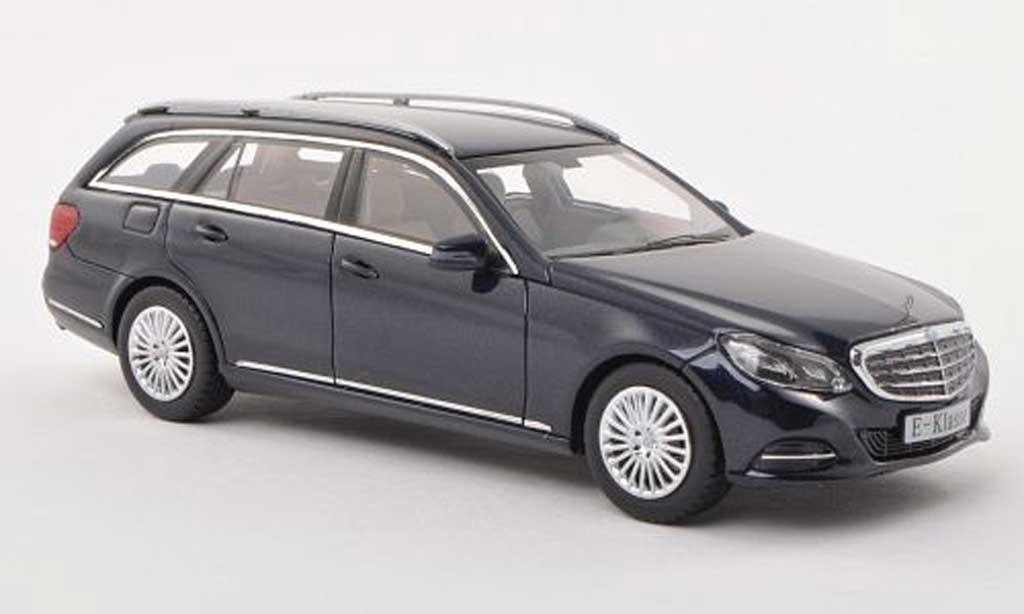 Mercedes Classe E 1/43 Kyosho T-Modele (S212) noire-bleu  2013 miniature