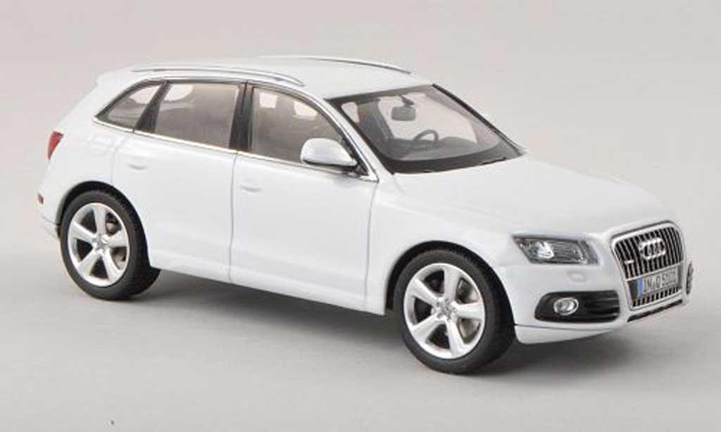 Audi Q5 1/43 Schuco blanche  2013 miniature