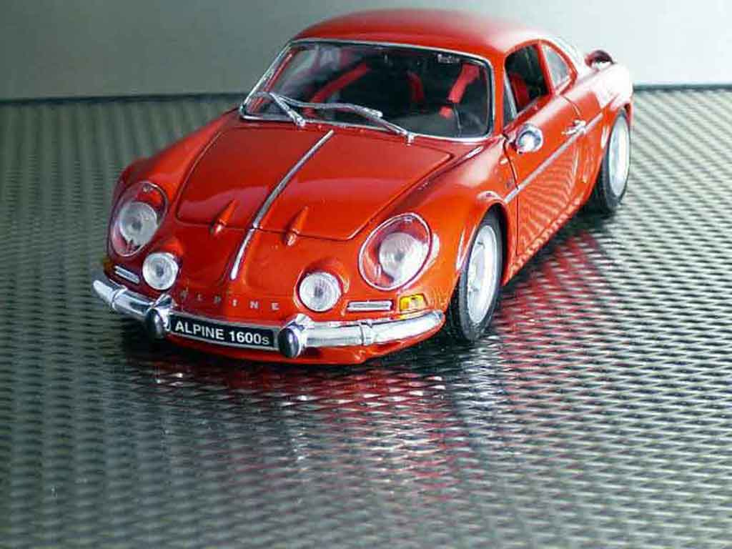 Alpine A110 1/18 Maisto 1600s red diecast model cars