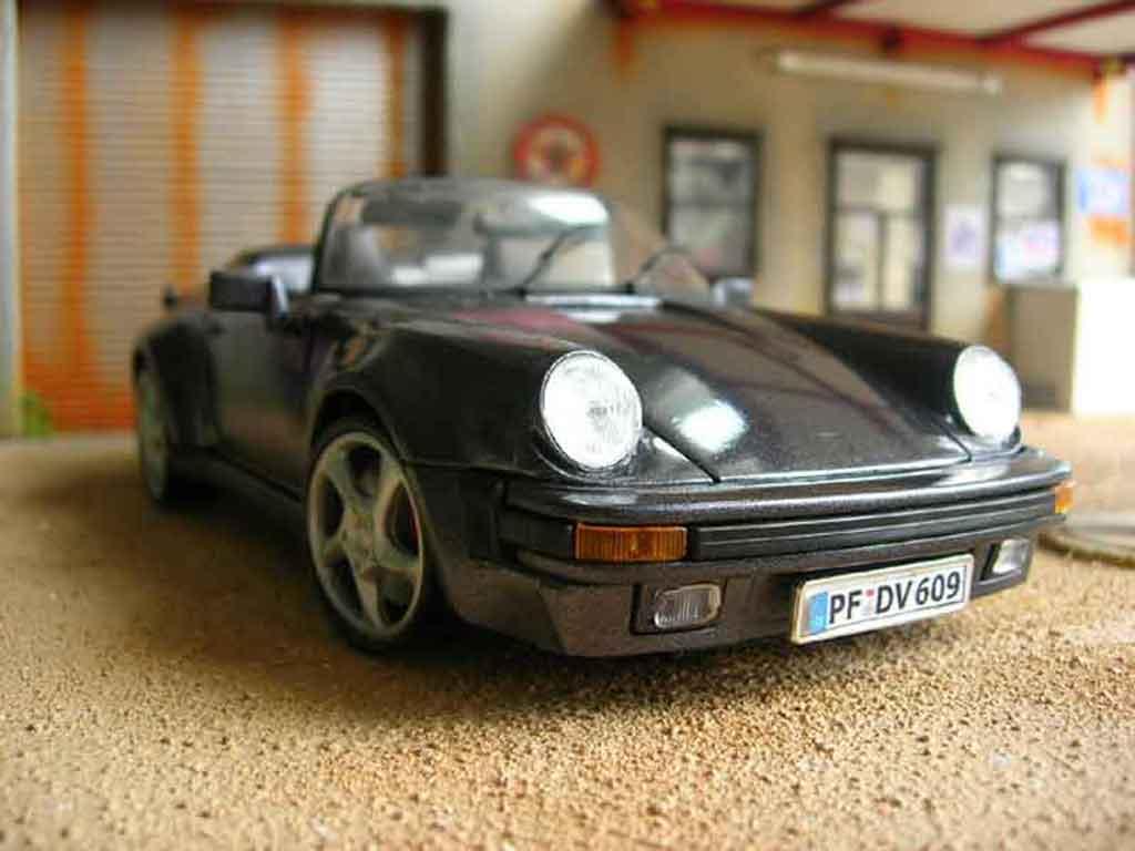 Porsche 930 Speedster 1/18 Maisto 1989 grise miniature
