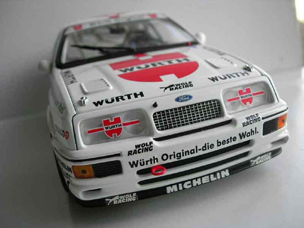 Ford Sierra RS 500 1/18 Minichamps a.hahne miniature