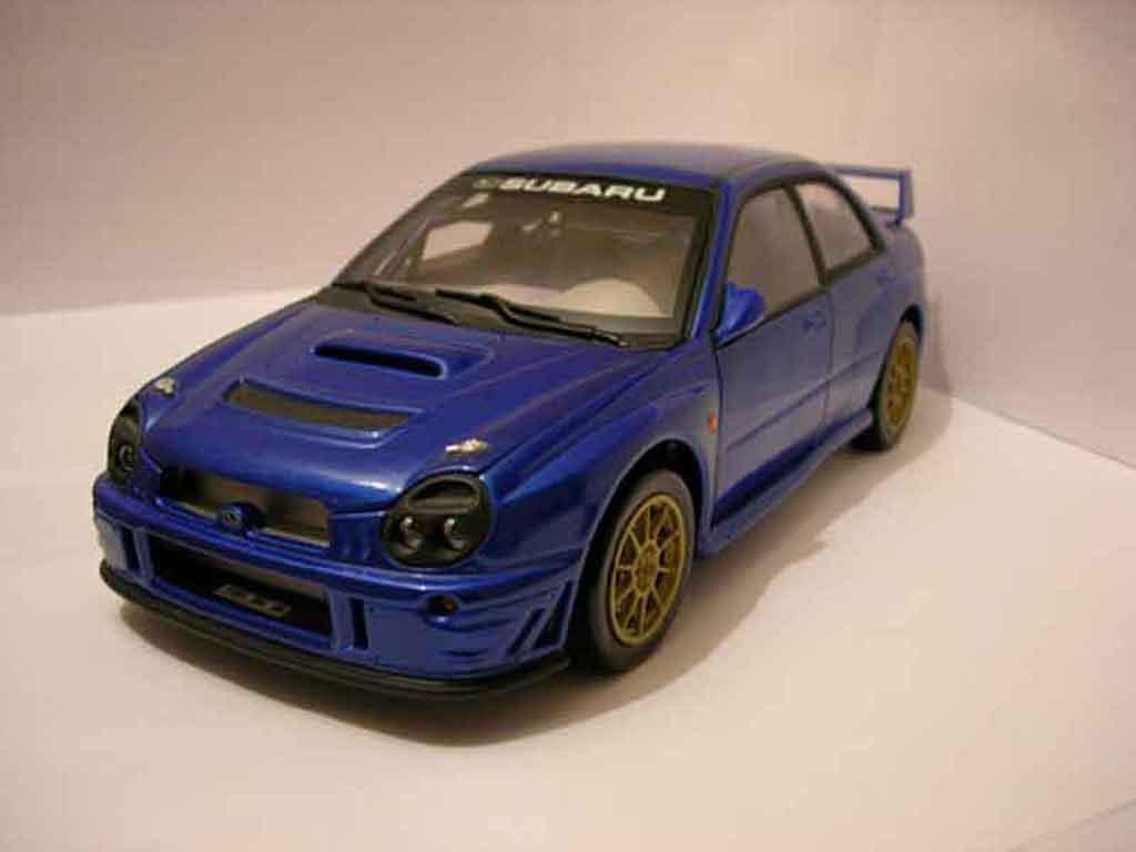 Subaru Impreza WRX 1/18 Solido STI blu miniatura