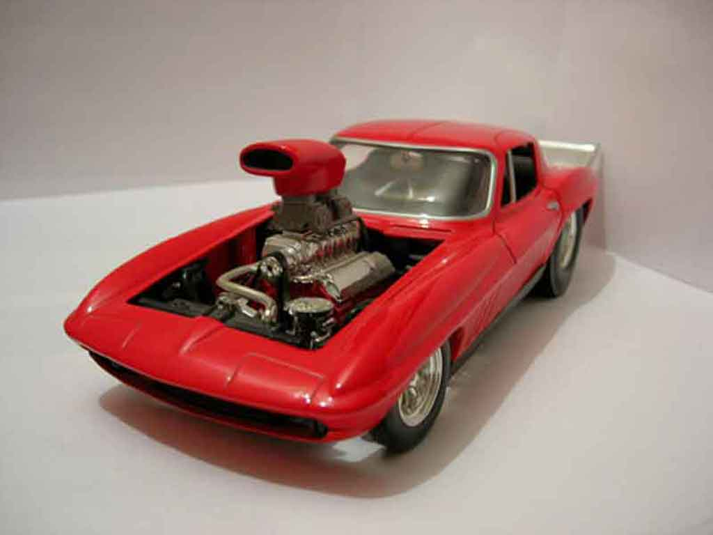 Chevrolet Corvette C2 1/18 Hot Wheels rouge 1965 miniature