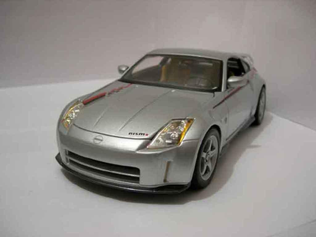 Nissan 350Z 1/18 Maisto Nismo  miniature