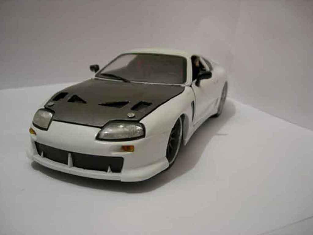 Toyota Supra 1/18 Racing Champion white tuning diecast