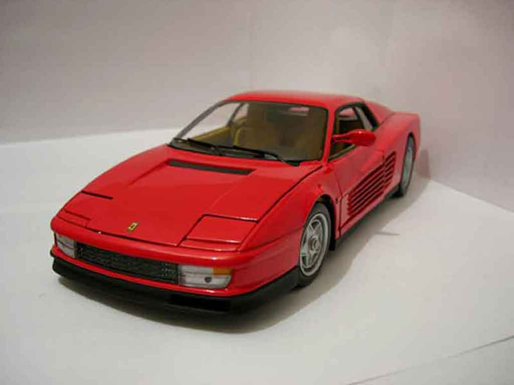 Ferrari Testarossa 1984 1/18 Hot Wheels Elite rouge miniature