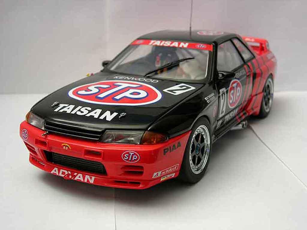 Nissan Skyline R32 1/18 Autoart gt-r  group a 1993 stp taisan gt-r #2 team kunimitsu miniatura