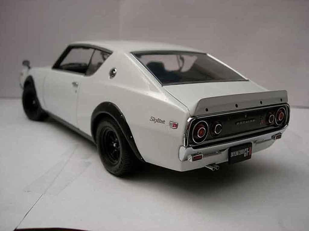 Nissan Skyline 2000 1/18 Kyosho gt-r street white kpgc 110 diecast model cars