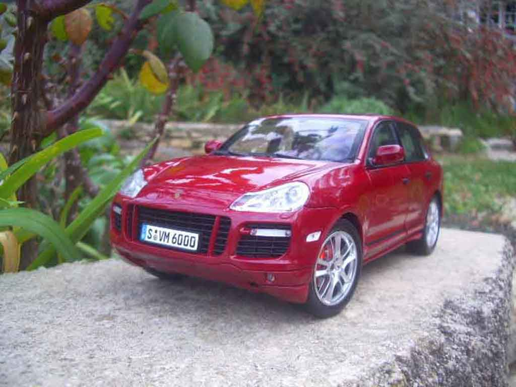 Porsche Cayenne GTS 1/18 Norev red diecast model cars