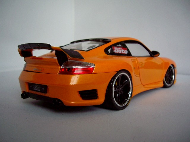 Porsche 996 Turbo 1/18 Hotworks techart orange miniature