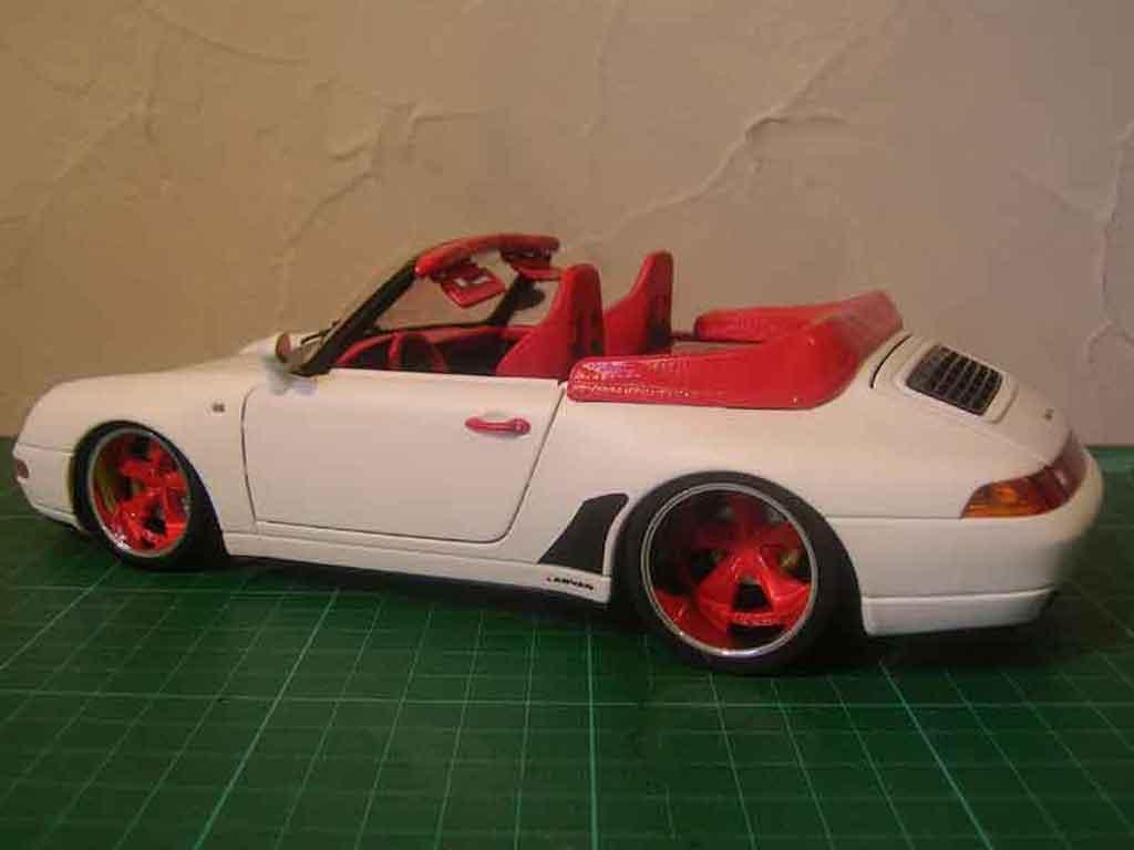 Porsche 993 Cabriolet 1/18 Burago Cabriolet Carrera tuning miniature