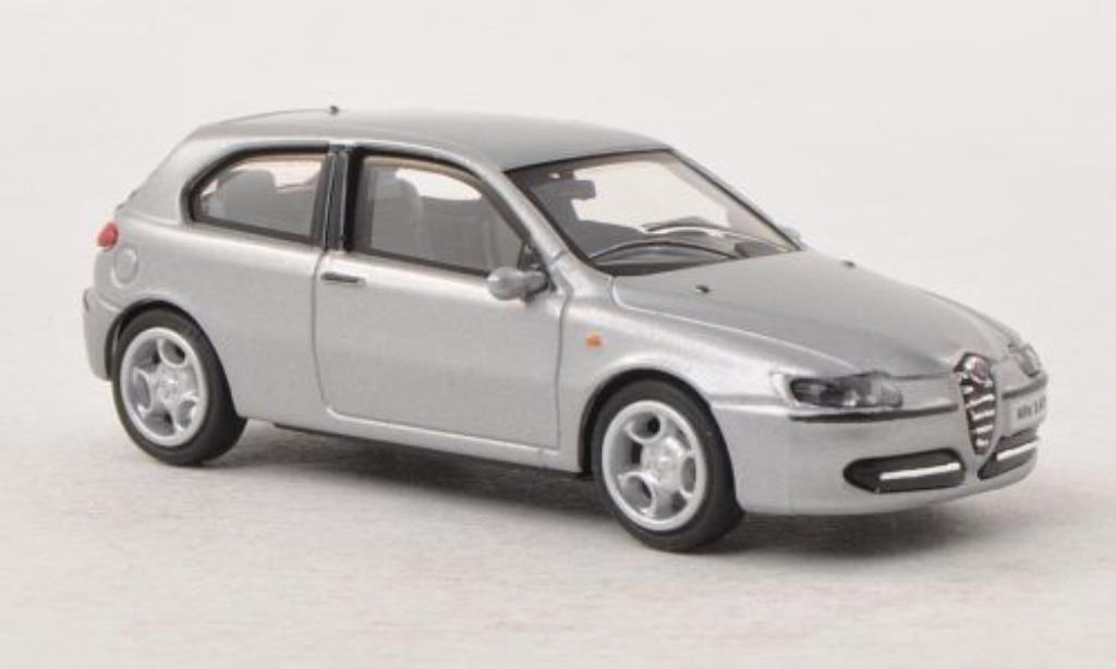 Alfa Romeo 147 1/87 Busch grey 3-Turer 2001 diecast model cars