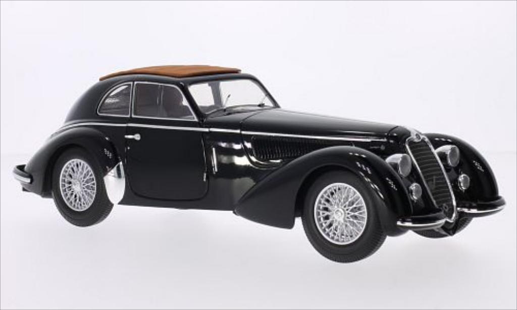 Alfa Romeo 8C 1/18 Minichamps 2900B Lungo black RHD 1938 diecast