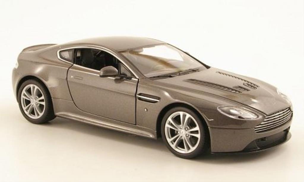 Aston Martin V12 Vantage 1/24 Welly grise 2010 miniature