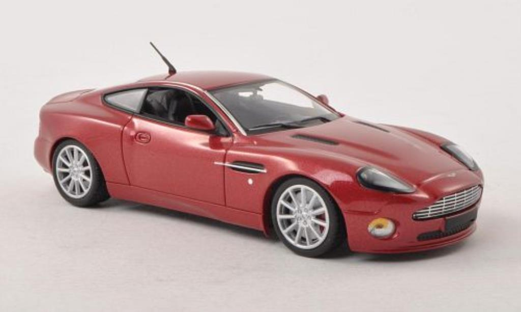Aston Martin Vanquish 1/43 Minichamps S rouge mit Figur 2004 miniature