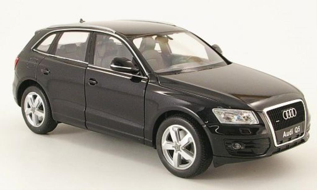 Audi Q5 1/24 Welly noire miniature