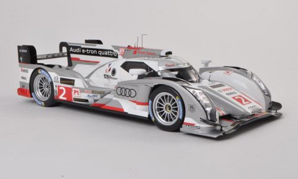 Audi R18 e-tron 1/18 Spark e-tron quattro No.2 24h Le Mans 2013 /A.McNish miniature