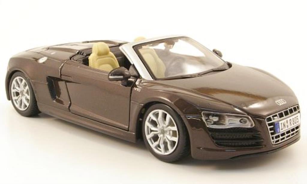 Audi R8 Spyder 1/24 Maisto marron miniature