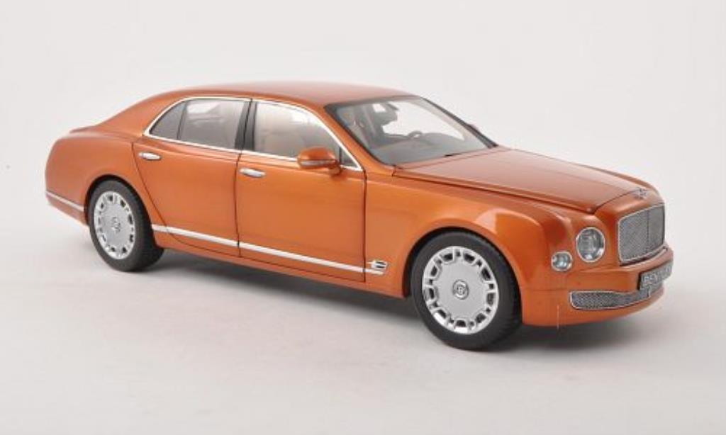 Bentley Mulsanne 1/18 Minichamps orange LHD 2010 modellino in miniatura