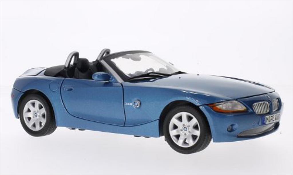 Bmw Z4 E85 1/18 Motormax metallise bleu miniature