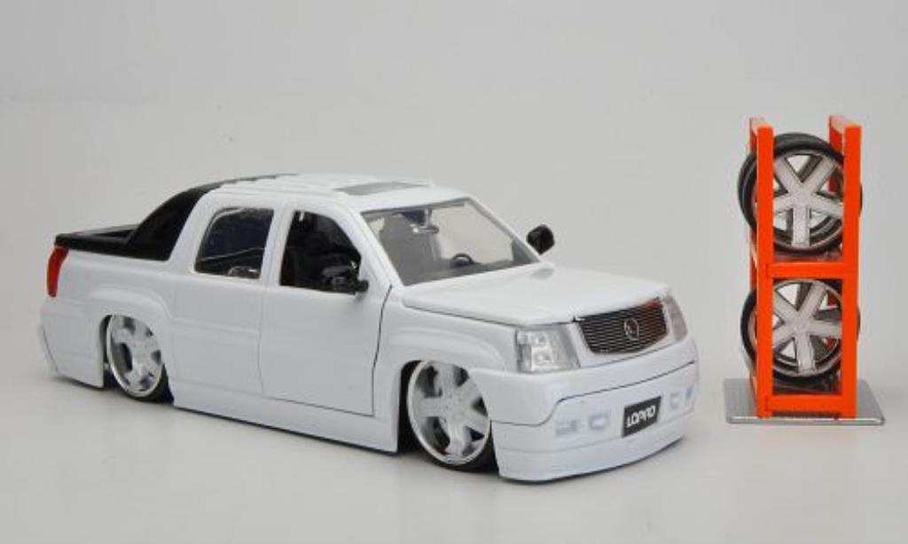 Cadillac Escalade 1/24 Jada Toys Toys EXT Tuning blanche 2002 miniature
