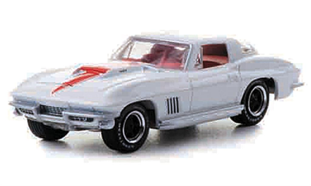 Chevrolet Corvette C2 1/64 Greenlight 427 blanche/rouge mit Zusatzfelgen 1967 miniature