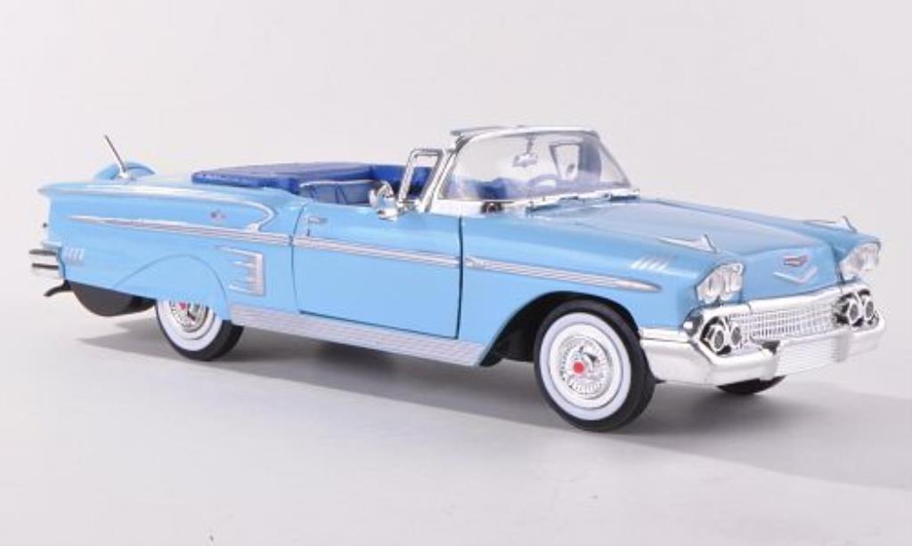 Chevrolet Impala 1/24 Motormax Convertible bleu 1958 miniature