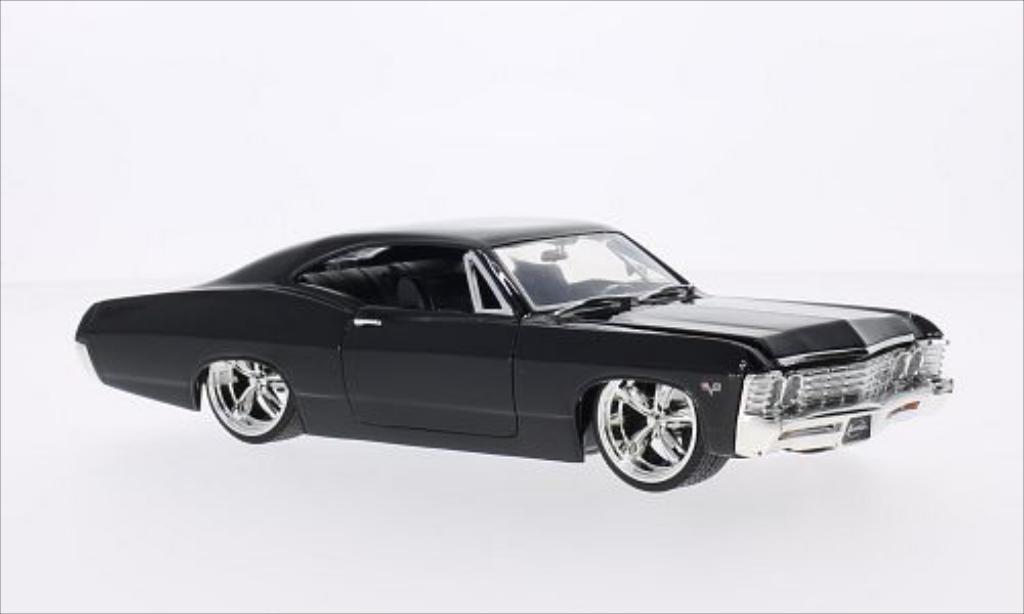 Chevrolet Impala 1/24 Jada Toys Toys SS Tuning noire 1967 miniature