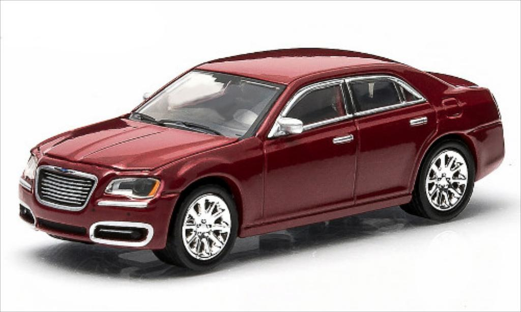 Chrysler 300C 1/64 Greenlight metallise rouge 2013 miniature