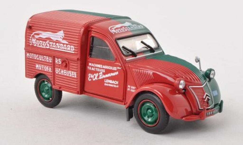 Citroen 2CV 1/32 Universal Hobbies Motostandard rouge/verte miniature