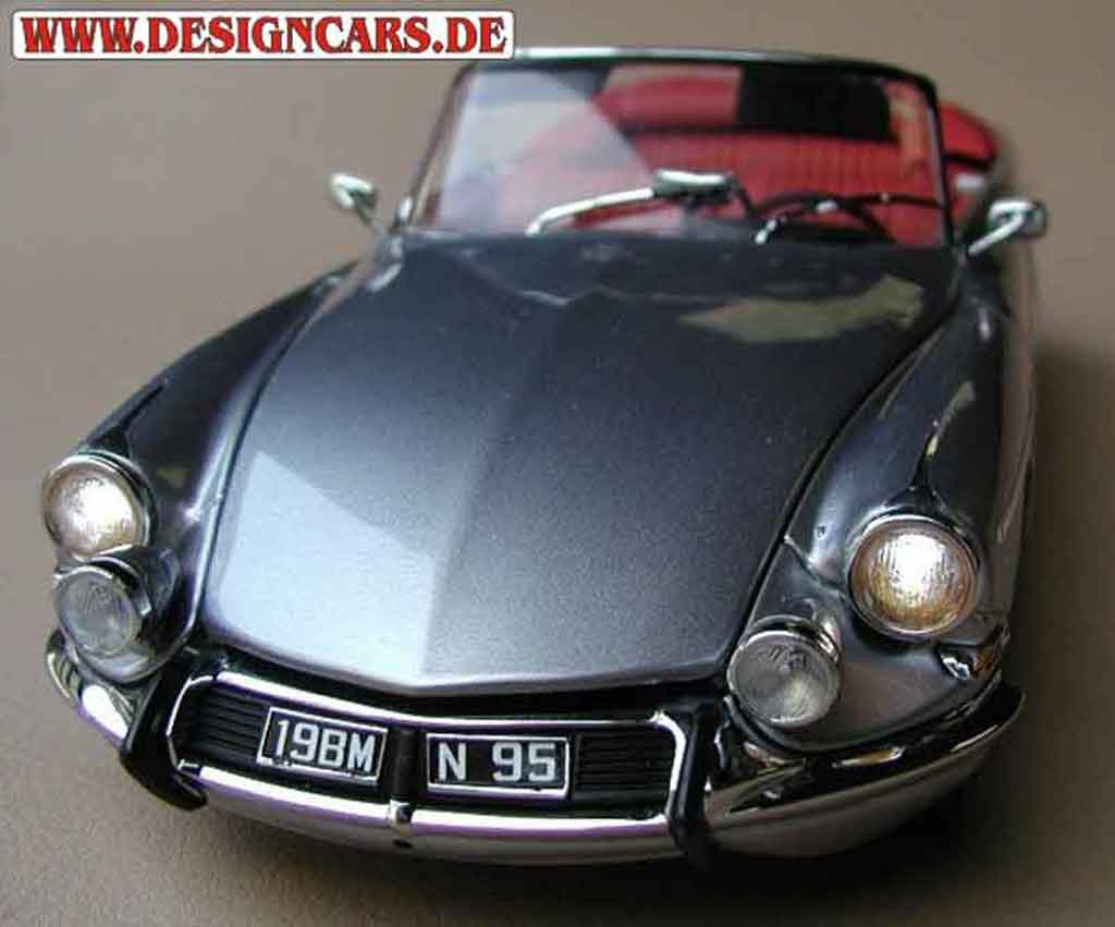 Citroen DS 19 1/18 Sun Star palm beach avec eclairage miniature