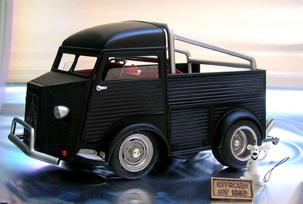 Citroen HY 1/18 Solido 1952 diecast