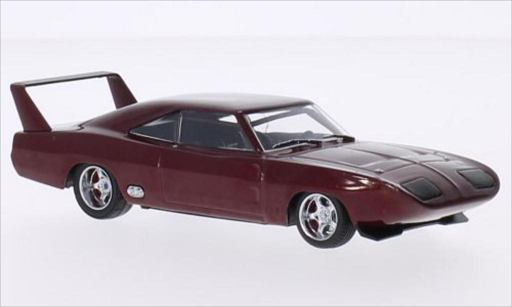 Dodge Charger Daytona 1/43 Greenlight metallise red 1969 diecast model cars