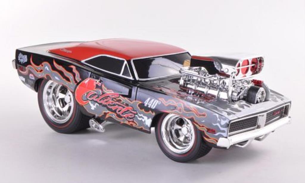Dodge Charger 1/18 Maisto R/T noire/rouge 1969 miniature