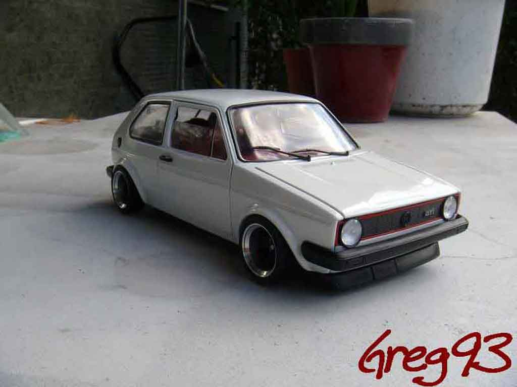 Volkswagen Golf 1 GTI 1/18 Solido jantes ATS tuning weiss modellautos