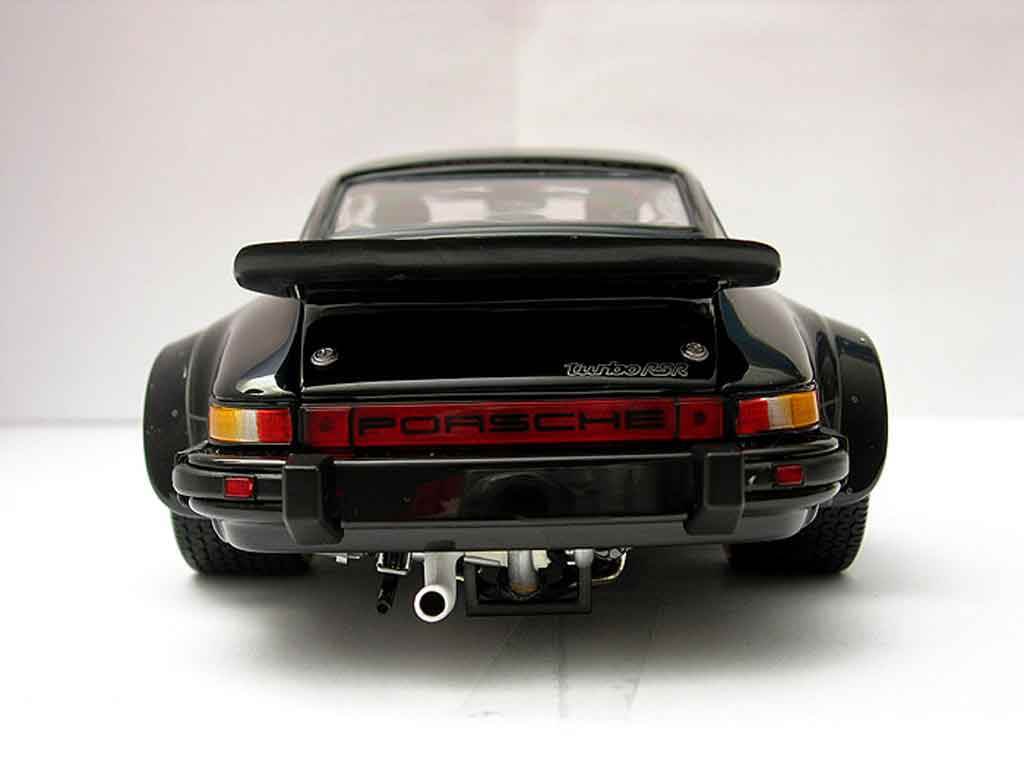 Porsche 934 RSR Turbo 1/18 Exoto black