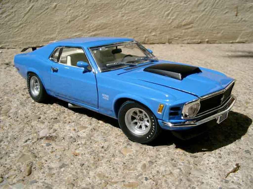 Ford Mustang 1970 1/18 Motormax boss 429 miniature