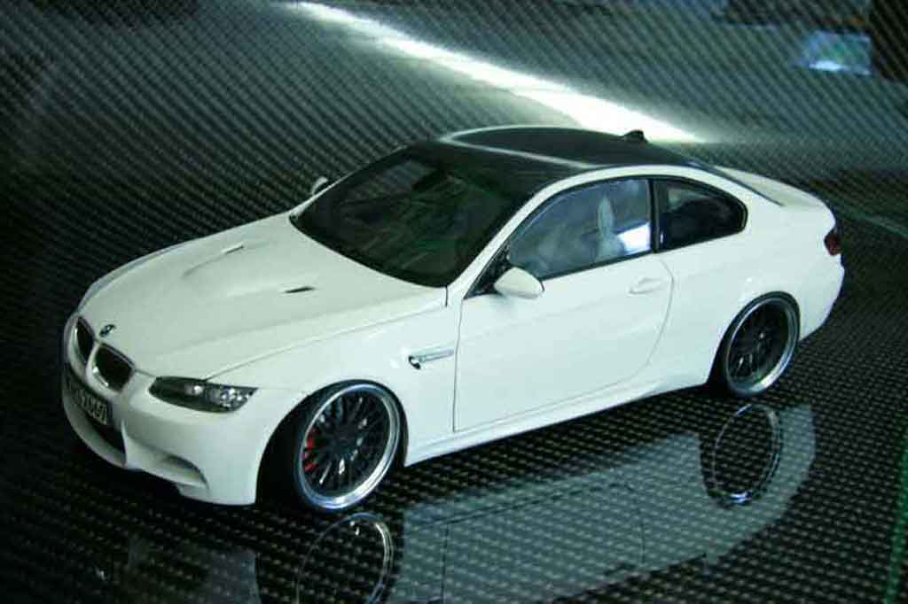 Bmw M3 E92 1/18 Kyosho alpine white carbone diecast model cars