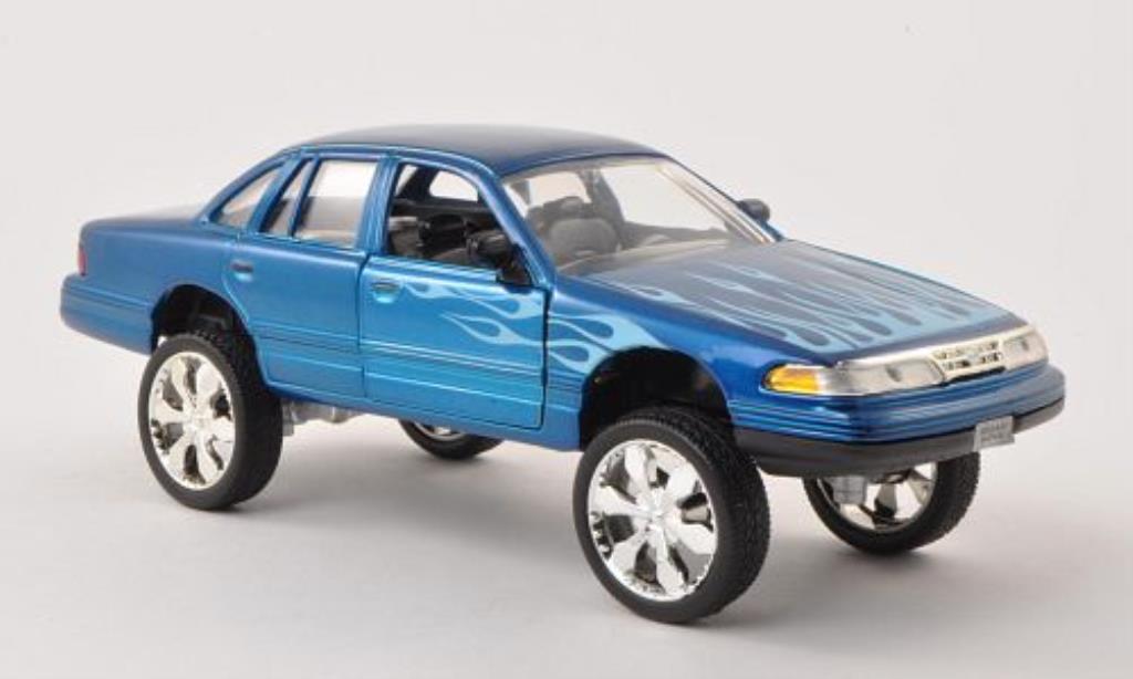 Ford Crown 1/24 Motormax Victoria Tuning bleu mit Dekor 1998 diecast