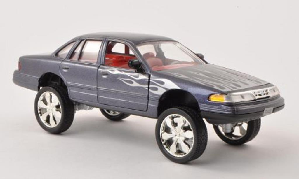 Ford Crown 1/24 Motormax Victoria Tuning anthrazit mit Dekor 2001 miniature