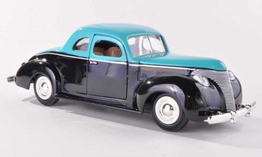 Ford Custom 1/24 Motormax noire/turkis 1949 miniature
