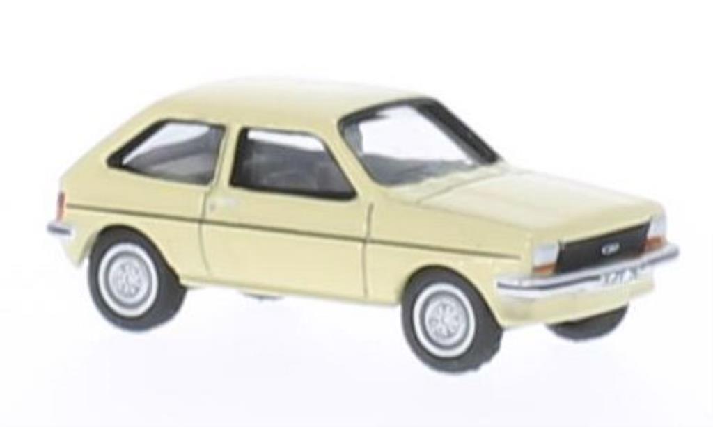 Ford Fiesta 1/87 Bub 76 beige miniature