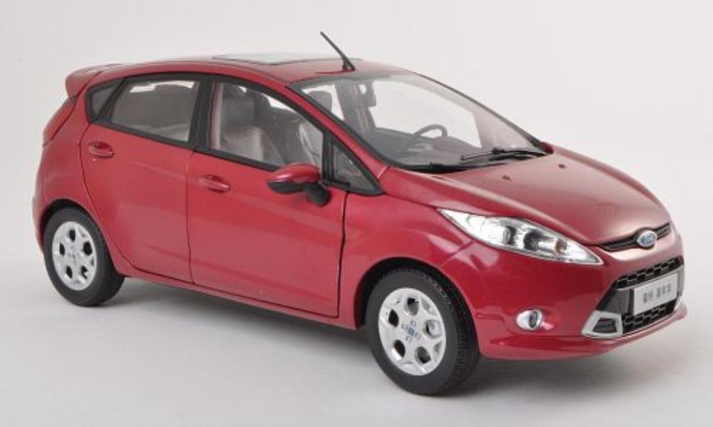 Ford Fiesta 1/18 Paudi lila 5-Turer 2011 miniature