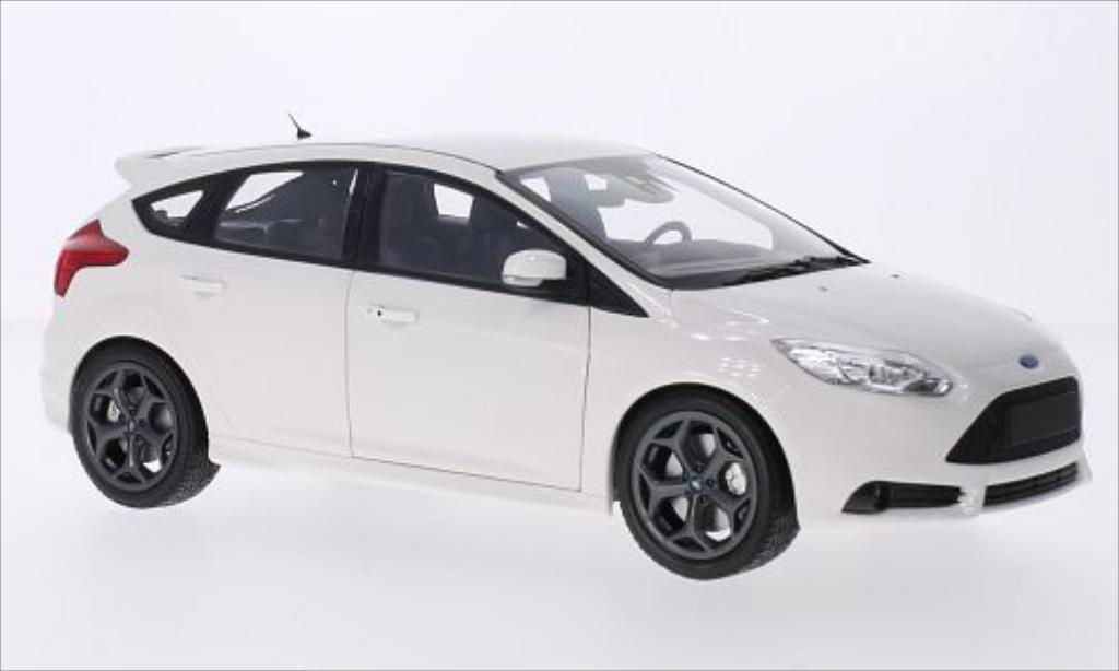 Ford Focus 1/18 Minichamps MkIII ST blanche 2011