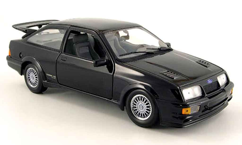 Ford Sierra Cosworth RS 1/18 Minichamps noire 1988 miniature