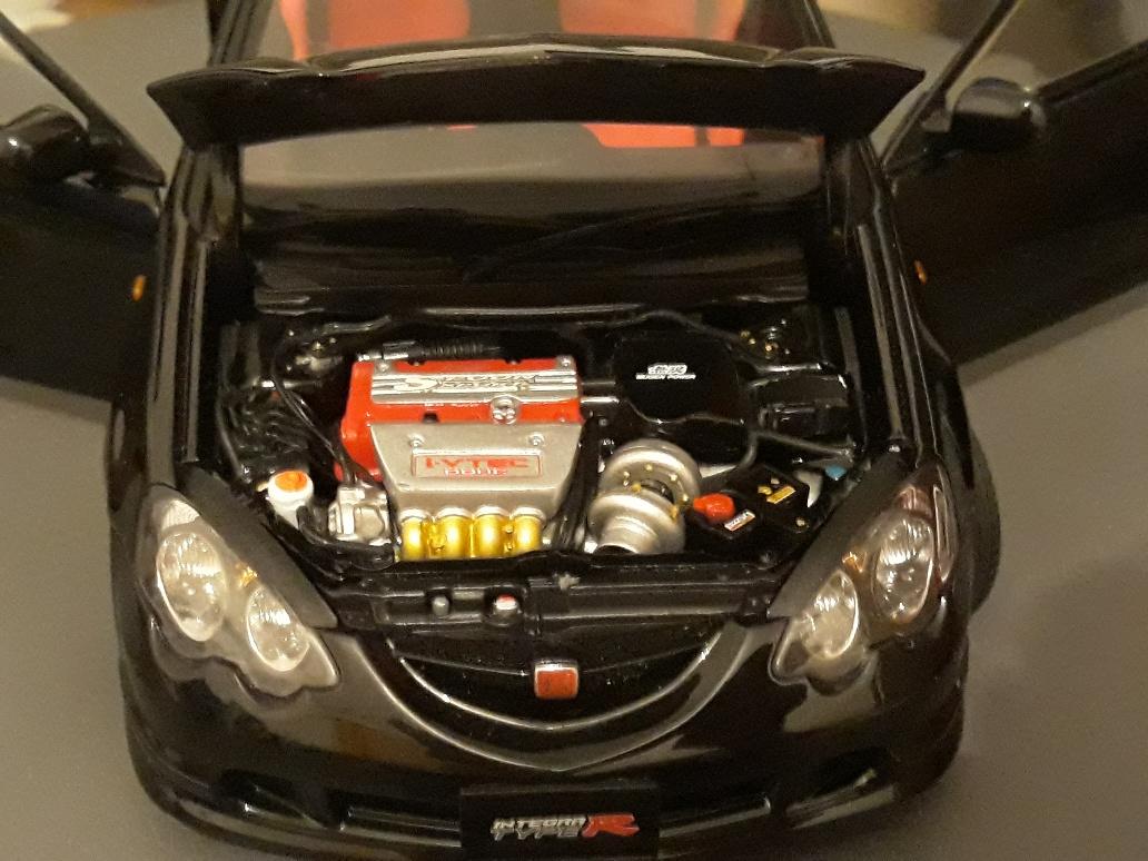 Honda Integra Type R 1/18 Autoart DC5 noire jantes mugen 17 pouces miniature