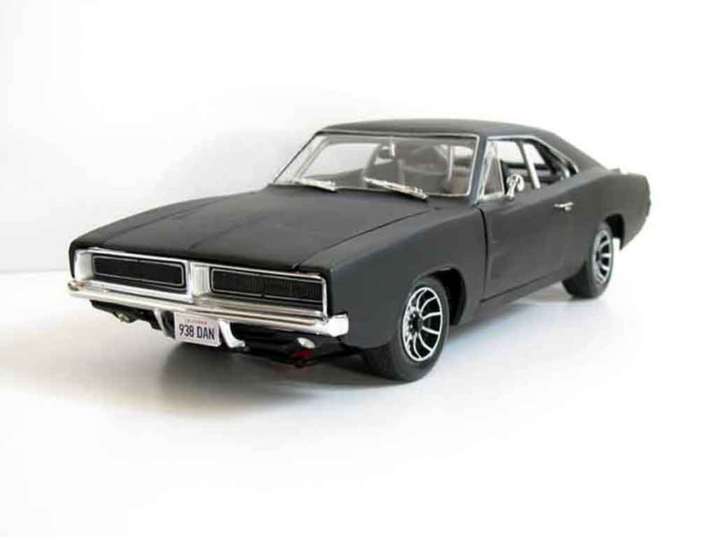 Dodge Charger 1969 1/18 Hot Wheels death proof boulevard de la mort miniature