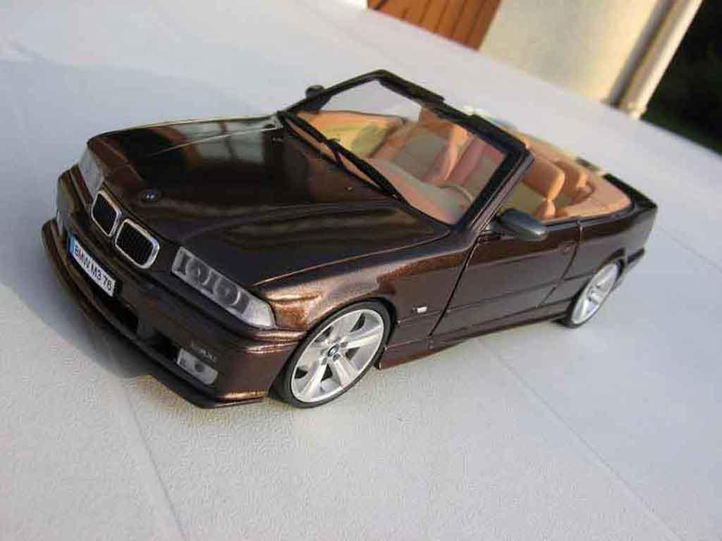 Bmw M3 E36 cabriolet 1/18 Ut Models jantes e92 interieur cuir biton miniature