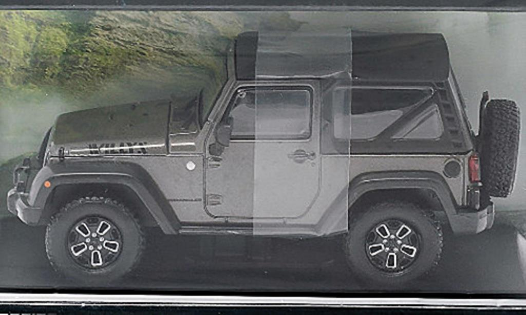 Jeep Wrangler 1/43 Greenlight Willys Wheeler grise/noire 2014 miniature